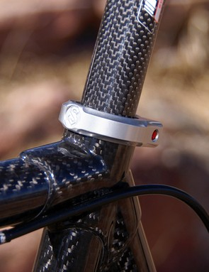 Slapping on a standard seat collar just wouldn't be appropriate so Serotta naturally includes its own.