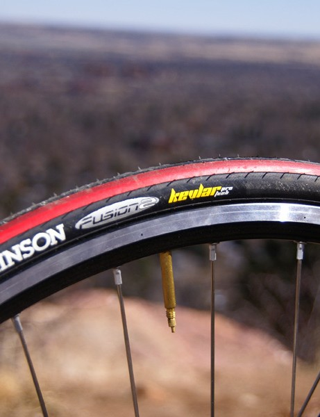 The Hutchinson Fusion 2 tire provided good grip during Midwest crits.