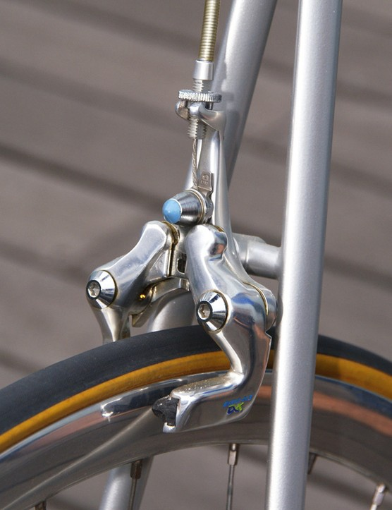 Ironically, the center-pull AX brake is now a design that is mimicked for its aero profile.