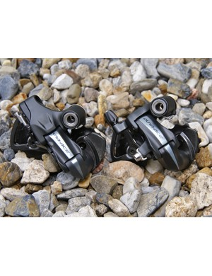 In fact, the two rear derailleurs look strikingly similar from the upper knuckle forward.
