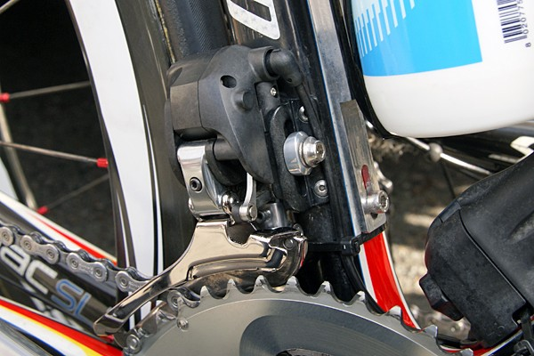 The front derailleur boasts a similarly updated appearance as on the rear derailleur.