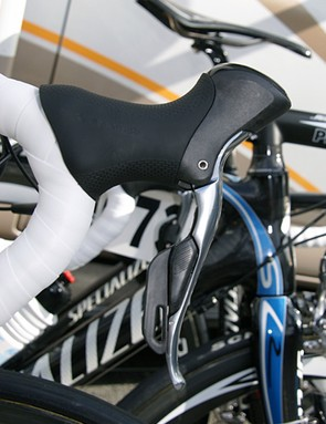 The electronic Dura-Ace levers