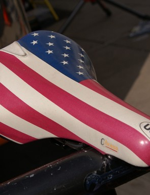 Zabriskie's spare bike was topped by this custom-covered fi'zi:k saddle.