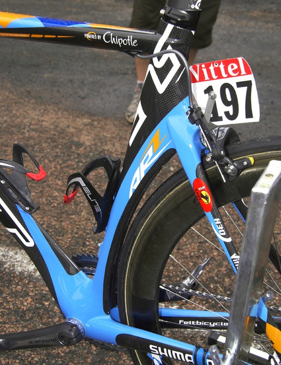 The seat tube employs shaping that is normally reservedonly for races against the clock.