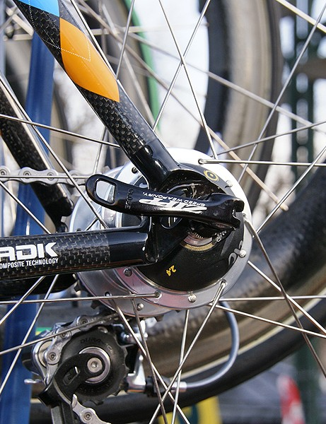 Special dropouts decrease bottom bracket height slightly for more stability.
