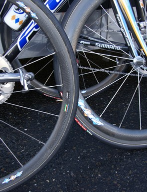 Some riders stuck with the deeper Zipp 404's, though.