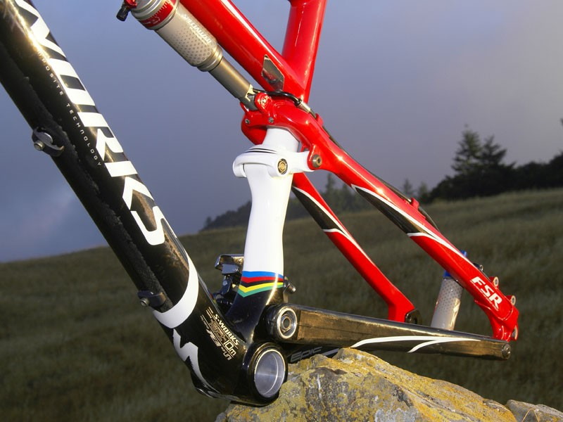 Naturally, the new Epic  retains Specialized's ubiquitous FSR four-bar suspension layout.