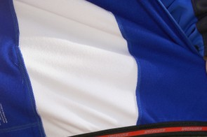 A silicone rubber-lined hem keeps the bottom of the Eureka jersey comfortably in place
