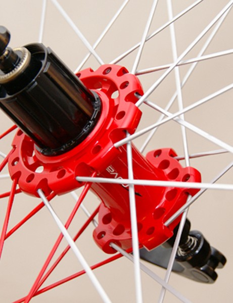 The rear hub uses its DoubleDrive lacing pattern for more equalized spoke tension.