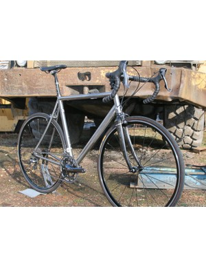 Designed for fast day-rides, the Sportive Ti is like an old-school Euro road racer, but in titanium