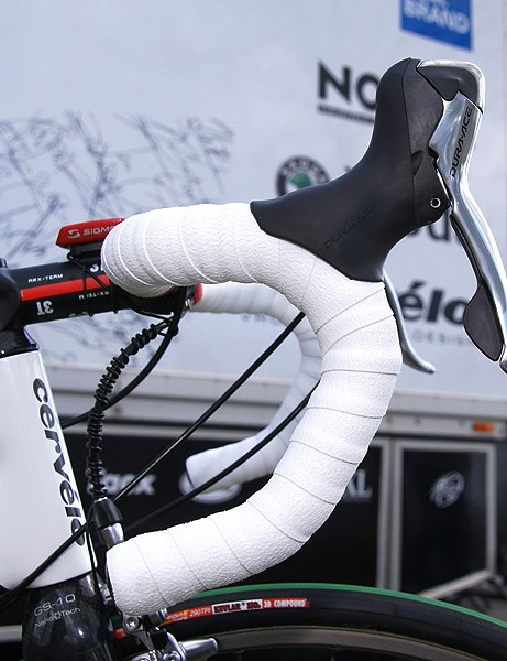 …but the bend suggests they might be e a rebadged sample of the FSA bar that O'Grady used last year.