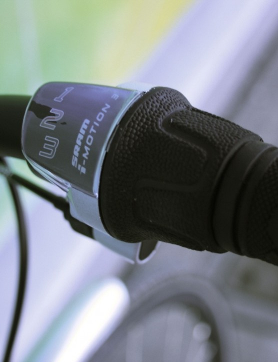 SRAM's I-Motion 3spd shifter.