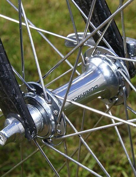 Hushovd took the conservative approach with traditional spoked wheels and aluminum box-section rims.