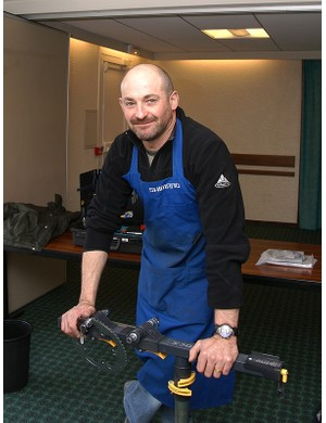 Crédit Agricole head mechanic Pascal Ridel has been with the team for two decades
