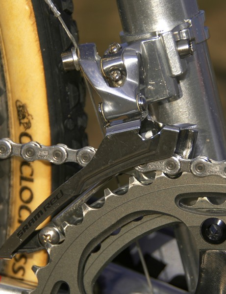 This SRAM Red front derailleur  looks an awful lot like a Force one to us