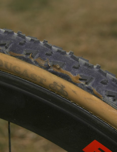 The Dugast Rhino tubular retains the supple casing of other models but with a far more aggressive tread design