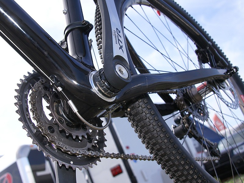 Check out the novel front derailleur cable routing.