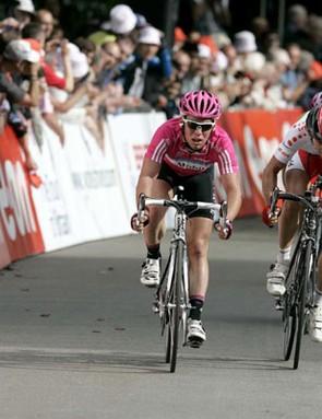 Mark Cavendish (T-Mobile) beats fellow  Briton Ben Swift (Barloworld) in the bunch sprint for the li