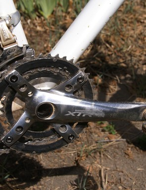 Some may wonder why someone like Travis Brown continues to use an old XTR M960 crankset…