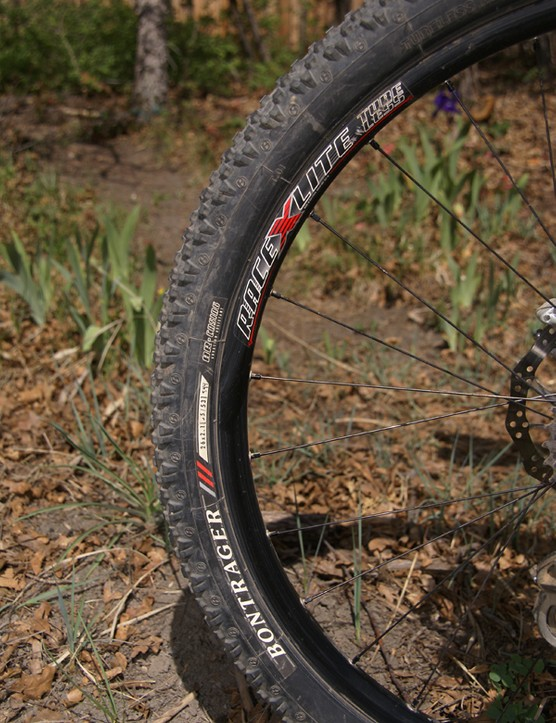 …while drive traction is provided by a faster-rolling Bontrager Dry X tyre.