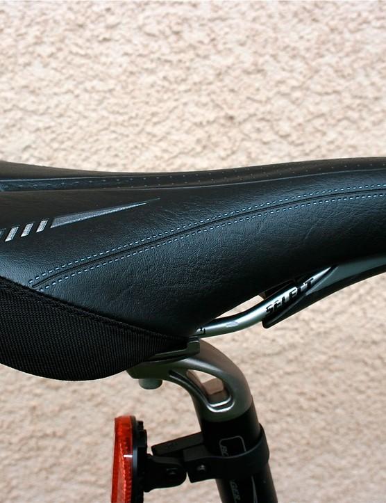 Comfortable Bontrager saddle.