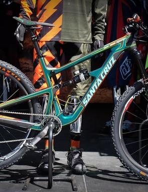 Troy Lee always has a couple custom-painted bikes on display. This Santa Cruz Hightower was striking...