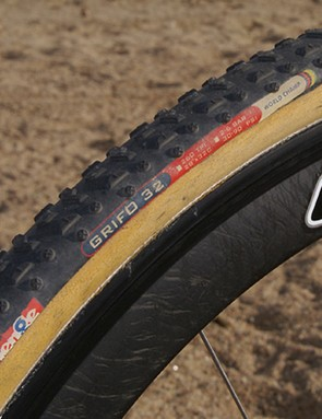 We've tested the Challenge Grifo 32 tubulars before and found them to be a versatile high-end performer in a variety of conditions.