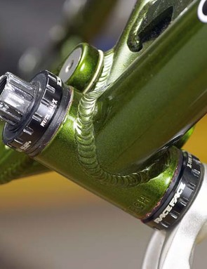 X-Type external BBs are also compatible with Shimano Hollowtech II cranks