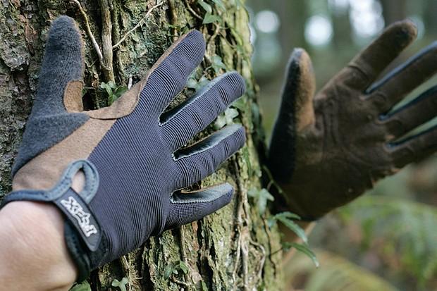 Fox Incline gloves.