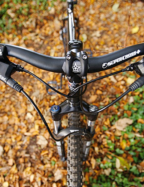 Sorted bar and stem choice makes for a capable stance