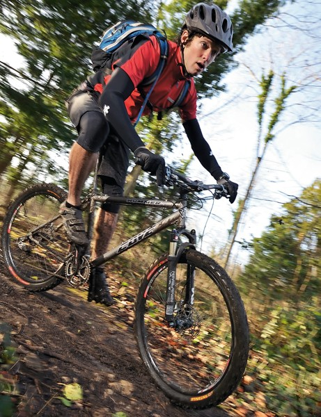 Accurate, 3D-agile but spellbindingly surefooted in singletrack