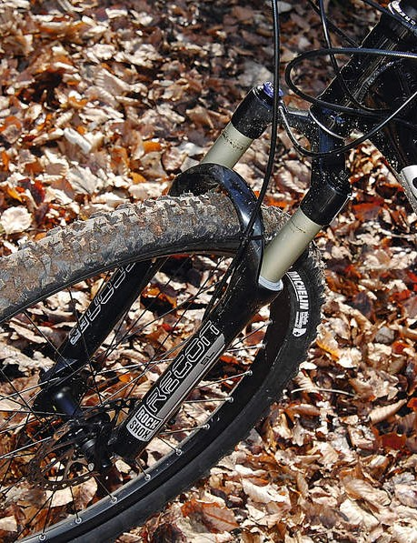 A better-controlled fork than the RockShox Recon SL would suit the back end