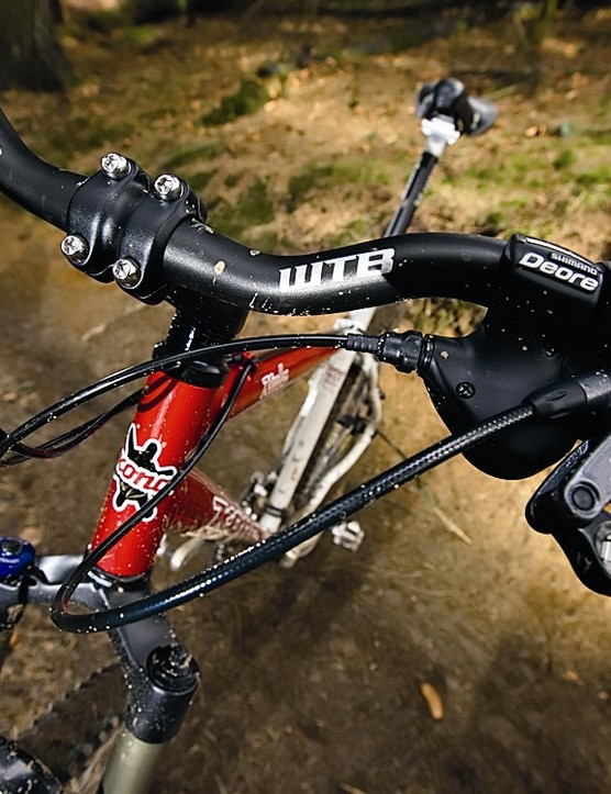 Front end is easy to lift, making technical climbs a breeze