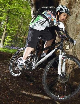 Confidence-inspiring ride makes it a good choice for riders new to full-suss