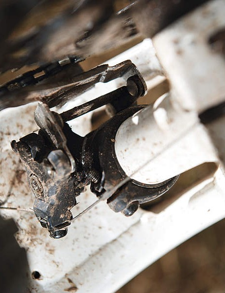 The front mech frame clamp cracked: the first time this has  happened to us