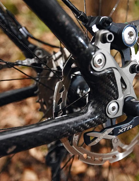 Gears, cranks, brakes and hubs are all Shimano XTR