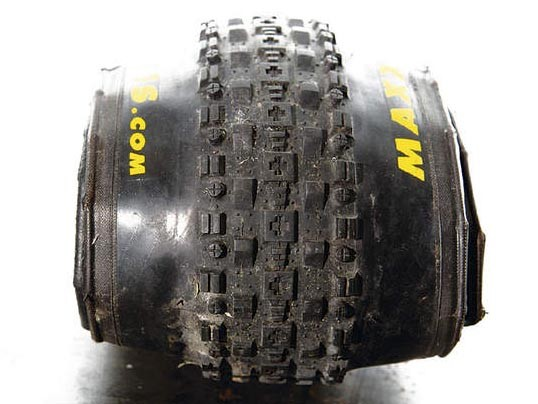 Maxxis Cross Mark Tyre