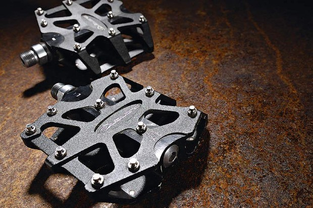 Outland MTB CNC Flat Pedals