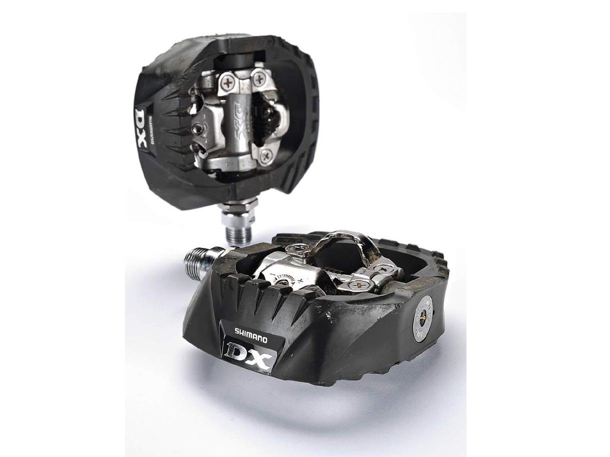 Shimano M647 DX Clipless Pedals