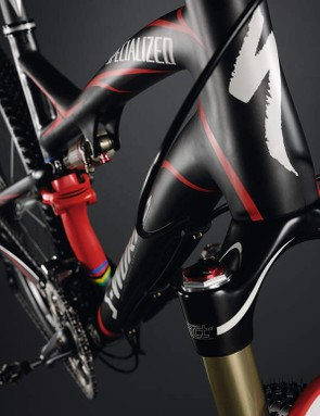Advanced carbon chassis works like a one-piece structure