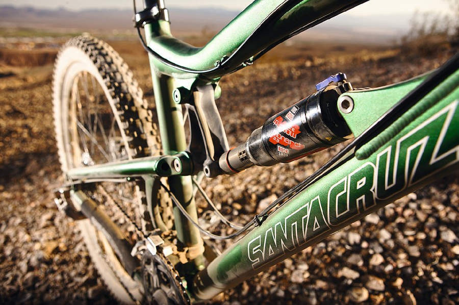 RockShox's Monarch 3.3 shock matches the Lyric fork
