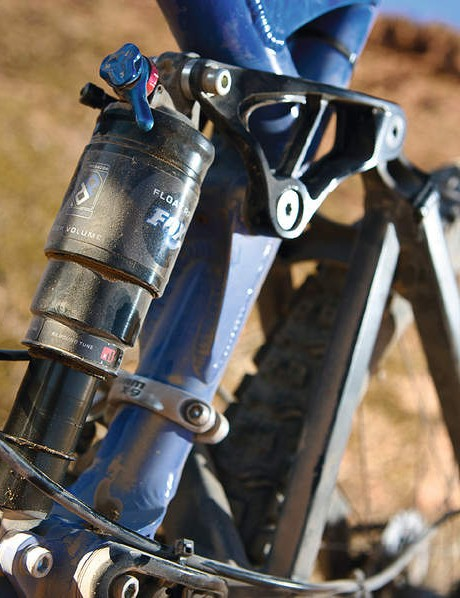 A Fox RP23 is the  shock muscle behind the suspension