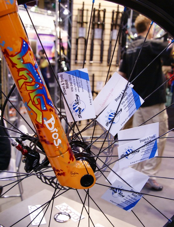 From what we were told, this bright orange paint jobisn't a sign of things to come for White Brothers ('09 forks are still available only in black or silver) but we reckon a splash of color would do wonders to freshen up the look of the line.