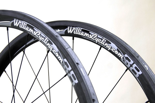 The Zipp-made rims are similar to those used on the 303 but without the aero-enhancing dimples and with a slightly heavier 'pavé' build.