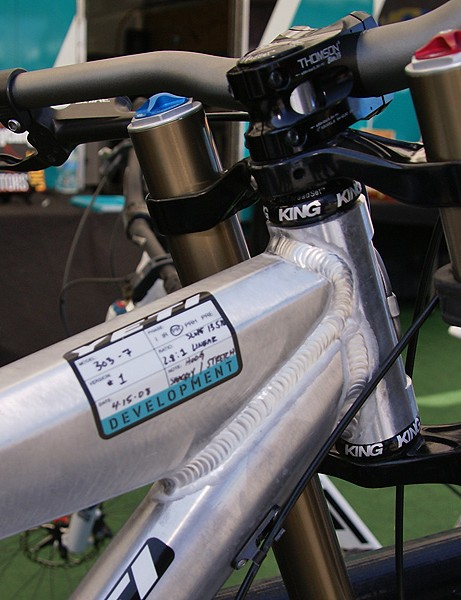 The head tube on the 303-7 is a standard 1 1/8