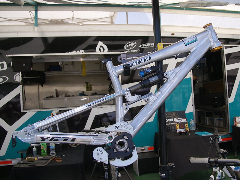"""The Yeti 303-R prototype offers just 5.4"""" of travel for a stiffer feel for slopestyle and 4X"""