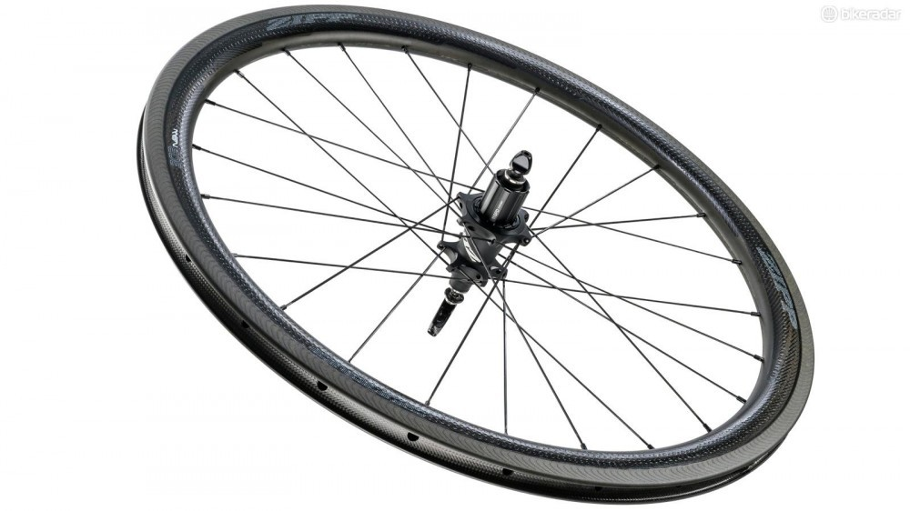 a-zipp-303-nsw-rear-wheel-1459714889732-1sad2whftr59u-1000-90-04790ef