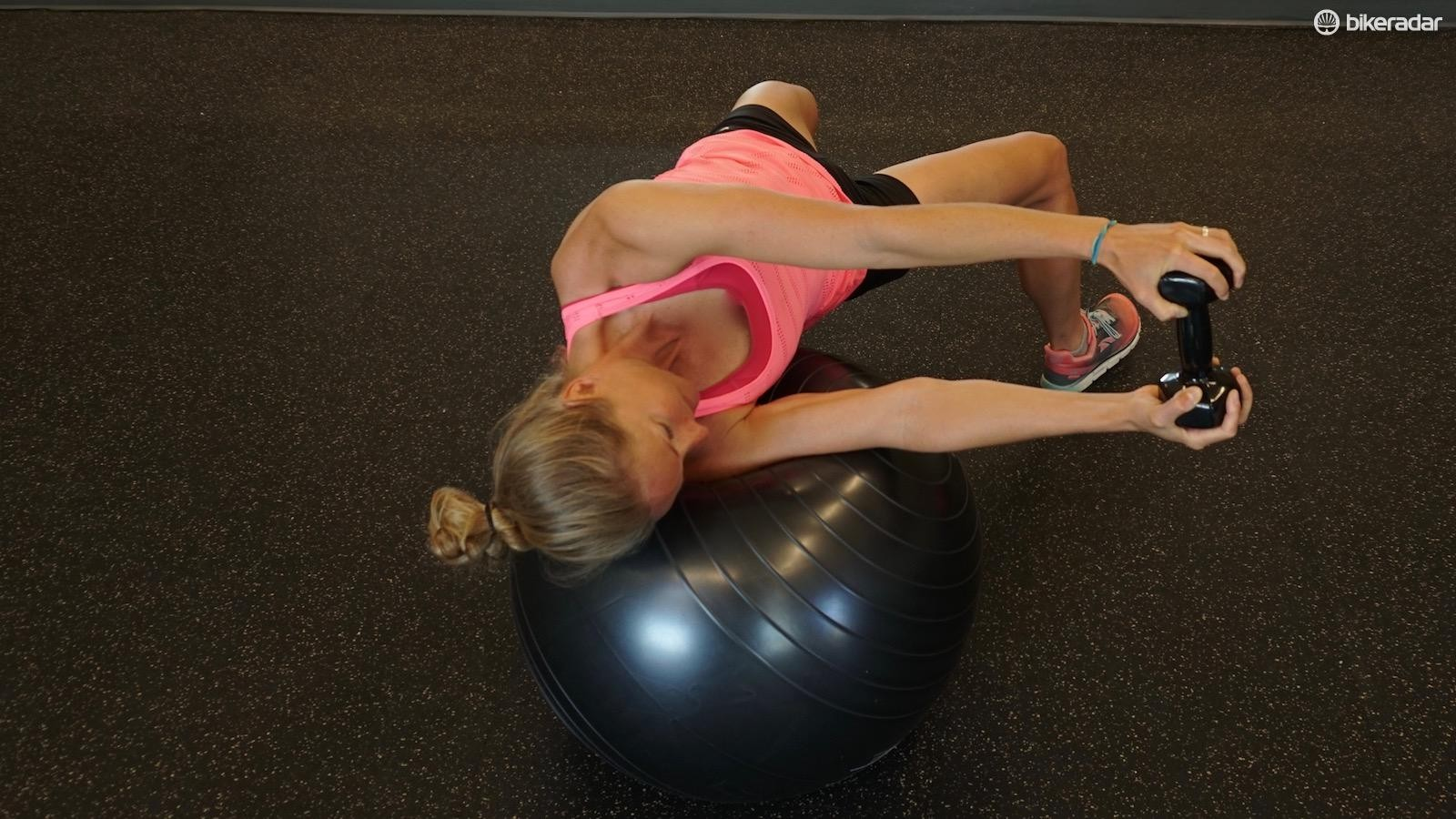 The right hip of this athlete has dropped a bit — keep them up for better lumbo-pelvic function