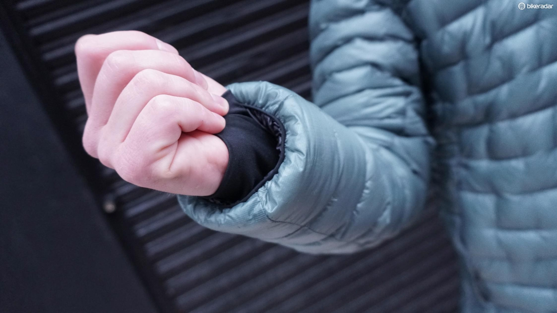 Baffles by the wrists keep warmth in