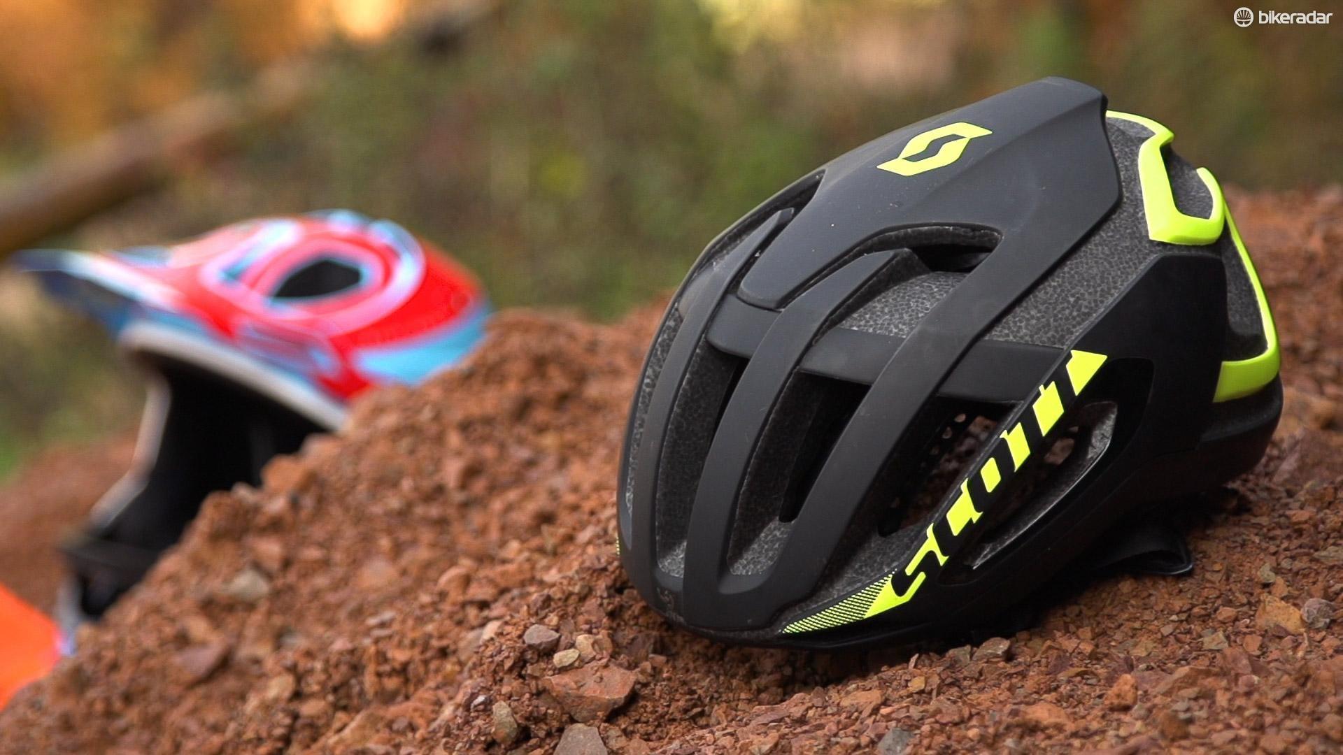 This is one of very few MTB specific aero helmets